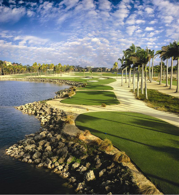 Types of golf courses by environment
